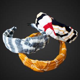 Desenli Düğümlü Taç